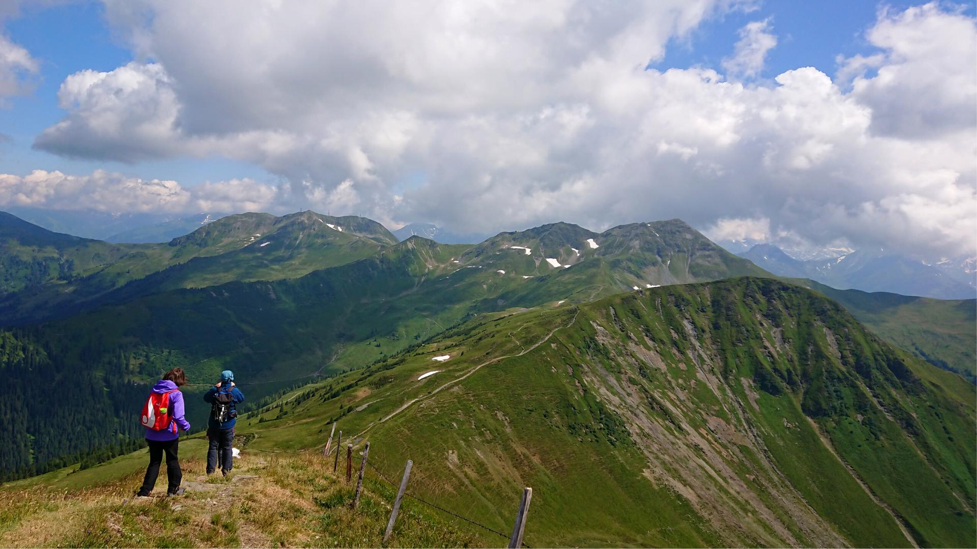 Matkarada mööda mäetippe
